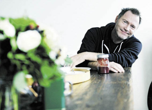 Gastrokritiker Florian Holzer ist nicht nur oberster Foodie im Falter, sondern auch Chronist der Wiener Esskultur-Bewegung. (Foto: Heribert Corn)