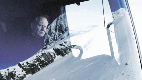Schneepflug des Todes: Stellan Skarsgård als Vorzeigebürger Nils Dickman will seinen Sohn rächen (Foto: THIMFILM)