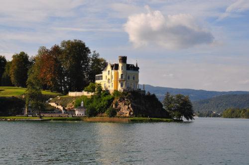 Schloss Klein-Miramar Reifnitz (Foto: Wikipedia)