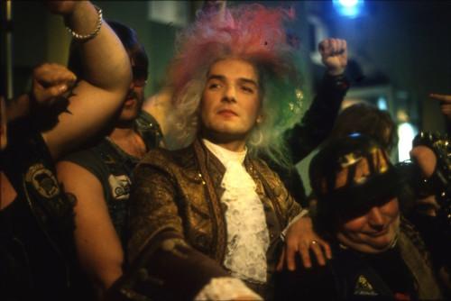 "Foto: Video-Still aus ""Rock me Amadeus"", Copyright Dolezal"